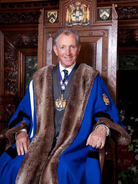 Nicholas Bull Master 2015-16
